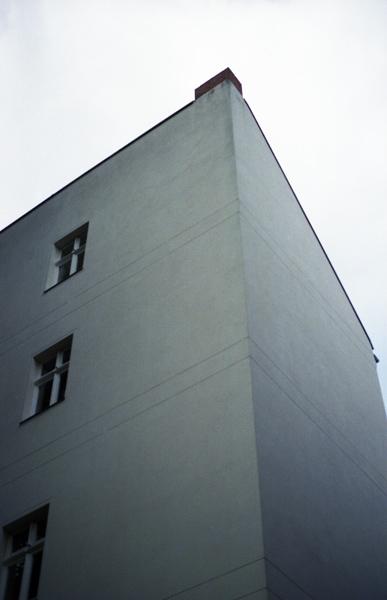 http://laurianethiriat.com/files/gimgs/8_lauriane-thiriat-berlin-3.jpg